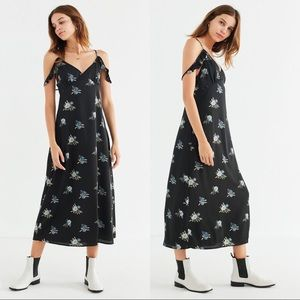 Urban Outfitters UO Empire-Waist Floral Dress